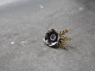 anemone pin brooch/amethystの画像
