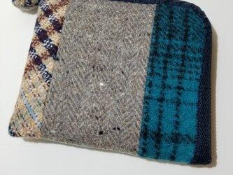 あったかウール生地の2つ折り財布 ブルー×ベージュの画像