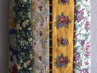 花柄のパッチワークバッグの画像