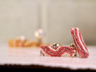 レクタングルクリアピアス*milky strawberry*の画像