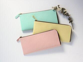 【さくらピンク】牛本革のスリムな長財布 シュリンクの画像