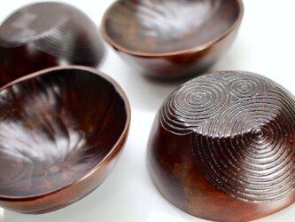 小皿〈三巴〉の画像