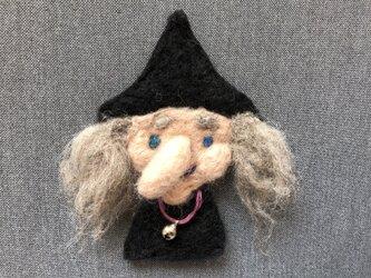 魔女ブローチ Cの画像