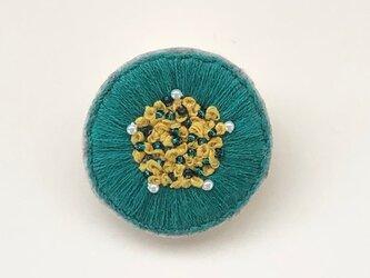 手刺繍ブローチ❁丸まるの画像