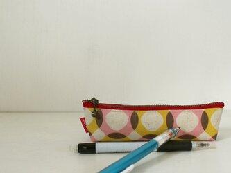 ラミネート生地 コペンケース / 麻混のピンクとイエローサークルの画像