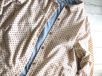 フランネルドット柄のシャツワンピースの画像
