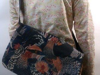 和柄メッセンジャーバッグ(鶏図)紺の画像