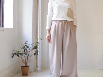 圧縮ウールワイドパンツ(ash pink beige)の画像