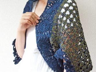 フリル袖のかぎ針編みスクエアボレロ ネイビーの画像