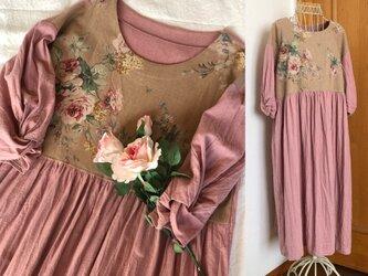 薔薇柄ツイストスリーブワンピース☆ピンクの画像