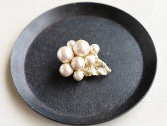 【ポニーフック】マットゴールド たっぷり咲いたコットンパールの画像