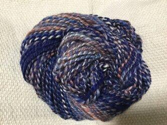 【手紡ぎ糸(スピンドル)の販売です✨】  メリノウール 84gの画像