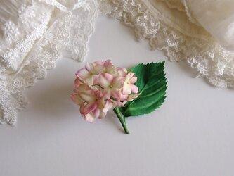 アジサイの布花ブローチ◇コサージュの画像