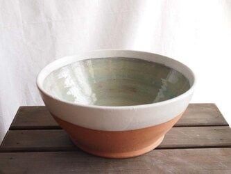 鉢(白とブルーグリーン)の画像