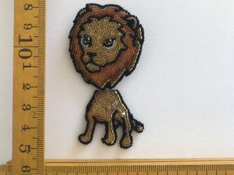「LION」の画像