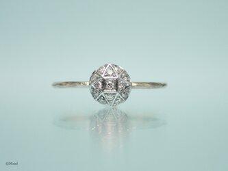 一粒ダイヤモンドのようなリング ラウンドタイプ (Neo Stella Round Ring)の画像