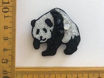 「panda」ヴィンテージビーズの刺繍ブローチの画像