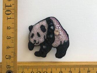 「pink panda」ヴィンテージビーズの刺繍ブローチの画像