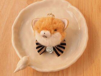 【再販なし】ふんわりブローチ*王冠をかぶった柴犬茶色*銀色メダルの画像