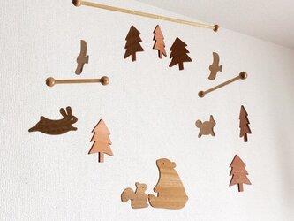 森の動物モビールの画像