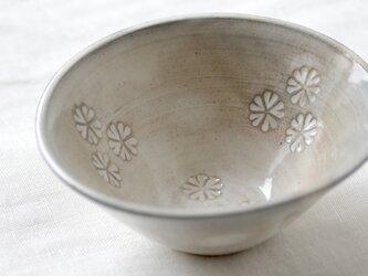 粉引の鉢の画像