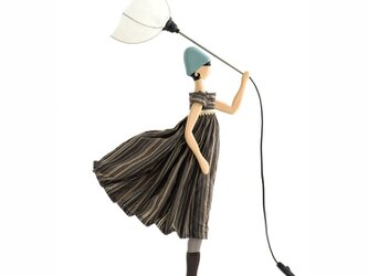 風のリトルガールおしゃれランプ Aleena スタンドライト 受注製作 送料無料の画像