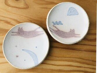 A16 ネコの豆皿 海と月 2枚セットの画像