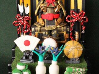 【送料無料】 【お名前木札お作りします】YOROI☆段飾り(金)ケース付きの画像