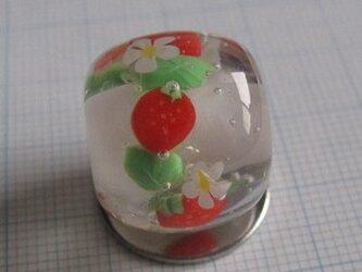 とんぼ玉 イチゴの画像