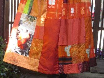 着物リメイクスカート☆暗い冬も明るく赤い紬と銘仙を集めてお出かけ♪80㎝丈の画像