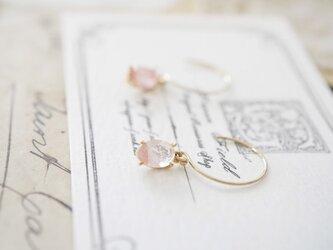 〇送料無料〇14kgf*春色オーバルピアス(桜)の画像