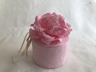 ピンク薔薇の丸ボックスの画像