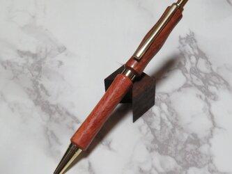 欅の木で作った手作りシャープペンの画像