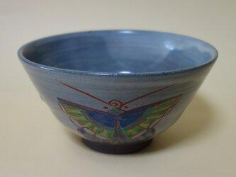 蝶文色絵茶碗の画像