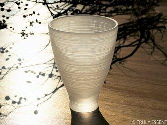 無色透明ガラスの器 -「 The Vessel of Light - 月明かりの器 」● 高さ13cmの画像