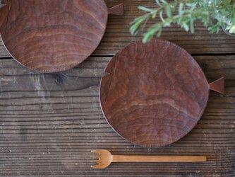 魚の木皿 170(ウォールナット)の画像