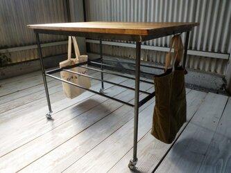 アイアン ウッド ムービング ワークテーブル (キャスター フック付き可動式 作業台 )の画像