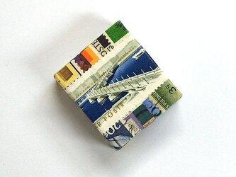 箱の宇宙002の画像