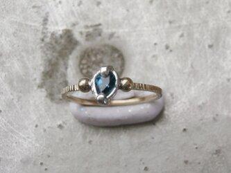 ロンドンブルートパーズとK14とSV925の指輪の画像