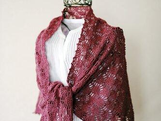 絹混紡糸のパイナップル編み台形ストール(アンティークローズ)の画像