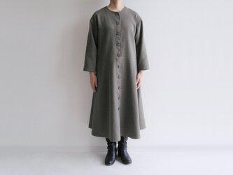 播州織コットン*ゆったりシルエットのコート・ワンピース(ツイル生地・カーキ色)の画像