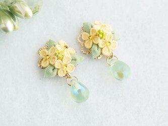 菜の花のイヤリング*春の訪れ *つまみ細工*の画像