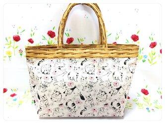 花カゴ猫バッグの画像