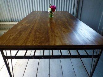 【送料無料】【組み立て不要】 アイアン ウッド ダイニングテーブル ( 収納棚 付き)の画像