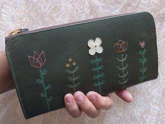 刺繍革財布『LIFE』深緑×藍デニム(牛革)L字ファスナー型の画像