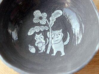 二匹の猫の器の画像