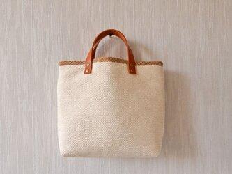 【SALE】裂き織りのバッグM バニラ×カフェオレの画像