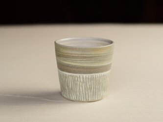 さり気無くそばにいるカップ iFw-010の画像