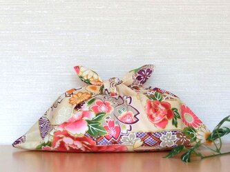 あずま袋 和調 ベージュ色金彩大柄花模様 お弁当包み ファスナー無しのバッグインにもの画像