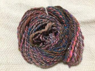 【手紡ぎ糸(スピンドル)の販売です✨】  メリノウール 65gの画像